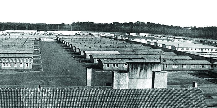 Das Lagergelände mit Häftlingsbaracken